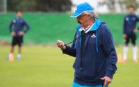 Roberto Bassagaisteguy: 73 años de respirar futbol.