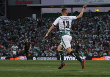 Continúa la hegemonía de Santos tras imponerse ante Monterrey